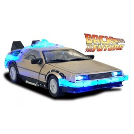 Regreso al Futuro II Vehículo DeLorean Mark 1 36 cm Diamond Select